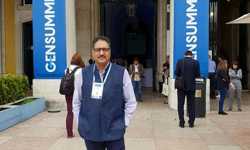 Shujaat Bukhari's killing: space for those who seek a middle ground in Kashmir is disappearing