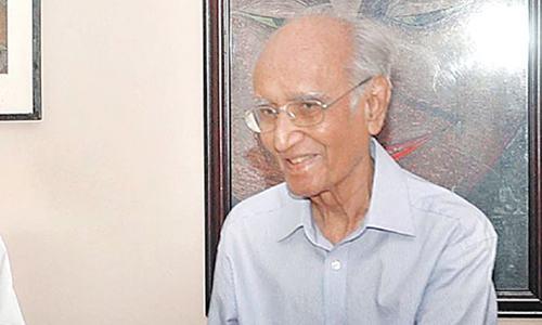 اردو کے معروف مزاح نگار مشتاق احمد یوسفی انتقال کرگئے