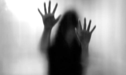 کراچی میں 21 سالہ لڑکی سے اغوا کے بعد زیادتی