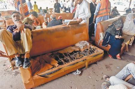 Hundreds suffer as overcrowded judicial complex lacks amenities