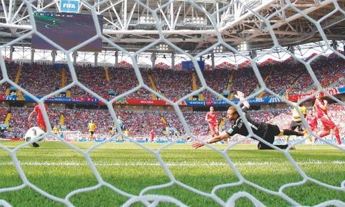 Lukaku nets brace again to lead Belgium rout of Tunisia
