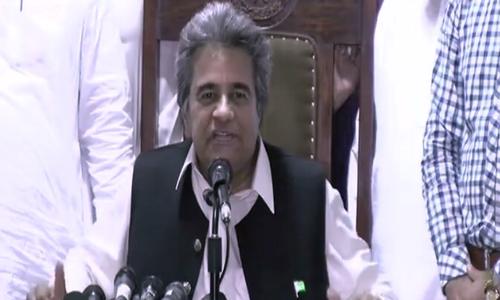 Ex-minister Ghafoor quits PML-N after '28-year-long' association