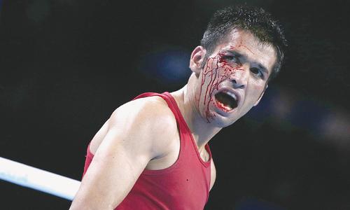 باکسر وسیم کو سخت مقابلے کے بعد متھالین کے ہاتھوں شکست