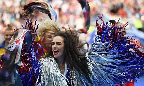فیفا ورلڈ کپ کی شاندار اختتامی تقریب، مشعل قطر کو منتقل