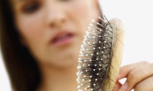بالوں کو گرنے سے روکنے کا آسان گھریلو ٹوٹکا