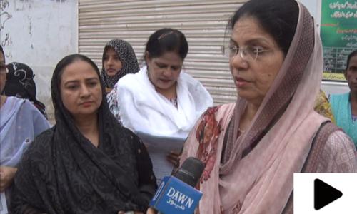 کراچی کی گھریلو خاتون عوامی خدمت کے لیے پرعزم