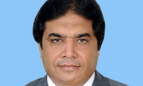 Court sentences Hanif Abbasi to life jail in ephedrine quota case