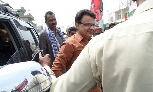 PTI candidate retires in favour of Palijo