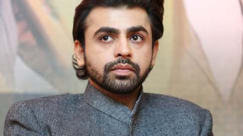 Farhan Saeed calls out celebs for flying out from Pakistan before the elections