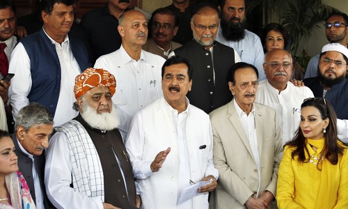 Opposition parties mull joint strategy to tackle PTI in parliament