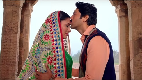 Fahad and Mehwish are super in love in Load Wedding's new song