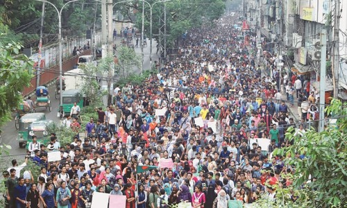 Bangladesh PM urges protesters to go home