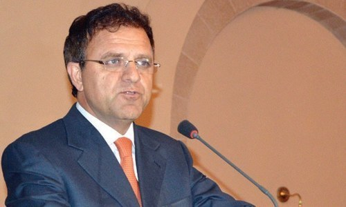 Afghan envoy seeks Pakistan cooperation for peace