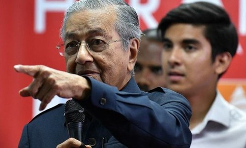 Mahathir aims to scrap projects with China