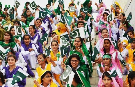 آزادی کے 72 سال اور پاکستانیوں کا جذبہ حب الوطنی تصاویر میں