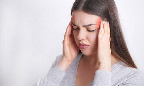 خواتین کو اکثر آدھے سر کے درد کا سامنا کیوں ہوتا ہے؟