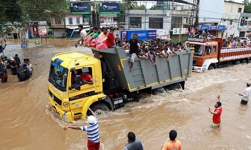 بھارت: کیرالہ میں بارشوں سے ہلاکتوں کی تعداد 324 ہوگئی