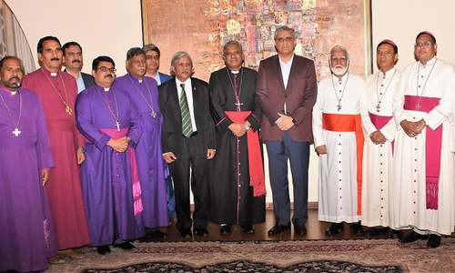 Army chief hosts dinner in honour of clergy