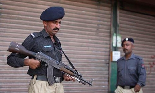 Girl killed in crossfire during Karachi 'encounter' died due to shot fired by police, admits DIG South