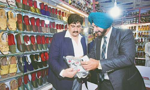 Sidhu spends hectic day before departure