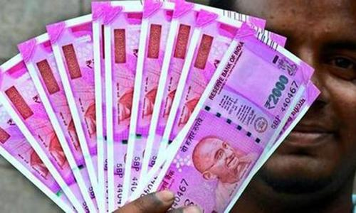 Indian govt downplays rupee's drop as markets panic