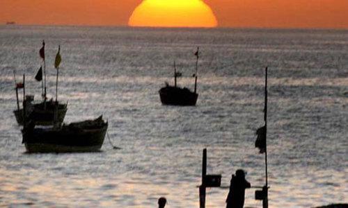 India arrests nine Pakistani fishermen, seizes boat