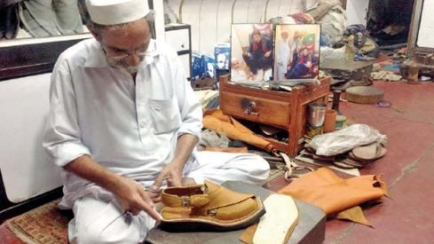 How PM Imran Khan's Kohati chappals boost business for Chakwal's shoemakers