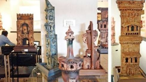 This ceramist highlights decay of Pakistan's architectural heritage in his new works