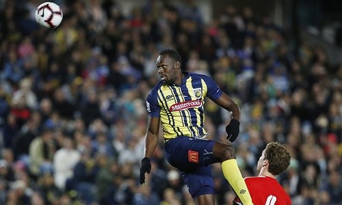 Usain Bolt makes football debut for Central Coast Mariners