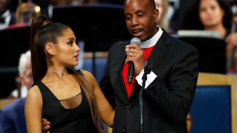 Bishop apologises for groping Ariana Grande
