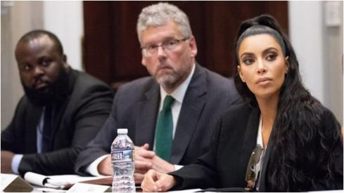 Kim Kardashian returns to the White House in hopes of freeing another prisoner