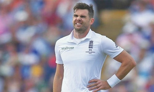 England's Anderson fined for dissent in India Test