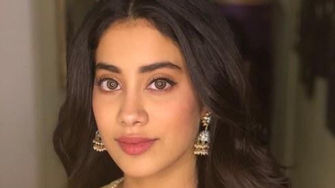 Janhvi Kapoor to play a pilot in next Karan Johar production?