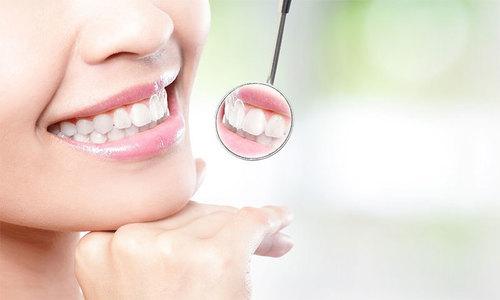 دانتوں سے ٹارٹر کے داغ مٹانا بہت آسان