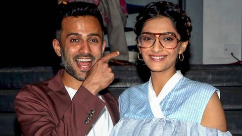 Anand Ahuja tried to set up Sonam Kapoor with his best friend before they started dating