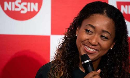 Osaka blazes into Pan Pacific quarters on return to action