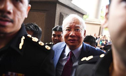 ملائیشیا کے سابق وزیر اعظم پر بد عنوانی کے 25 نئے مقدمات درج