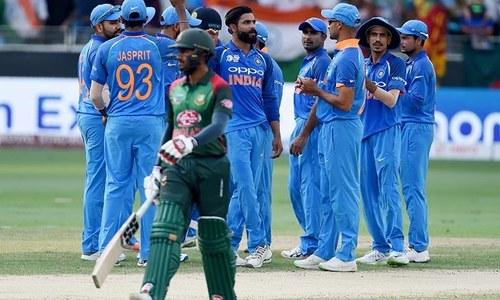 India send Bangladesh into bat in Asia Cup