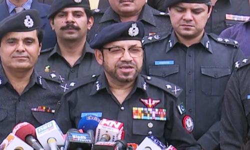 اسٹریٹ کرائمزکے خلاف اعلان جنگ کیا جائے،آئی جی سندھ