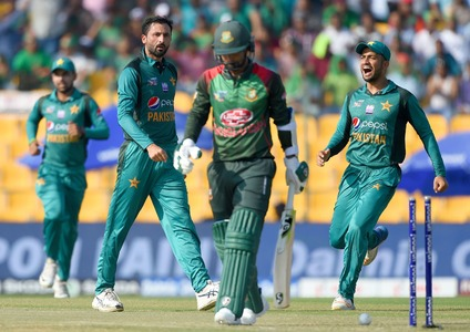 Pak v Ban: Junaid Khan impact evident from the start as Bangladesh three-down already