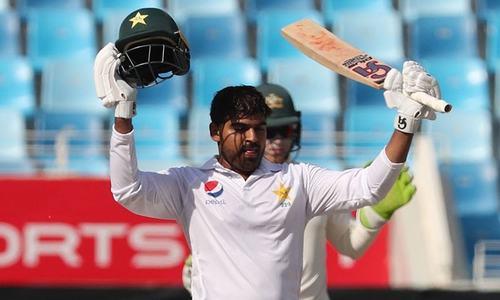 ابوظہبی ٹیسٹ: پاکستان کی ٹاس جیت کر بیٹنگ جاری