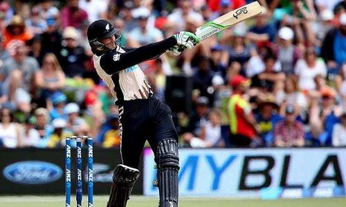 New Zealand's Guptill out of Pakistan series