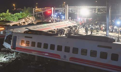 18 killed after train overturns in Taiwan