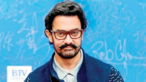 Aamir Khan rejoins Mogul after Subhash Kapoor exits the project