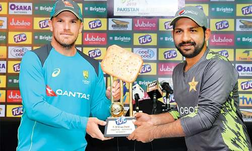 Pakistan face strong Australia challenge in bid to retain top spot