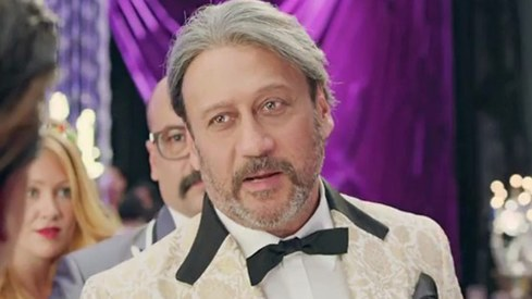 Jackie Shroff thinks women shouldn't feel intimidated by powerful men (because it's that simple)