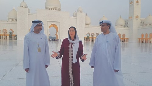 Israeli minister visits UAE mosque, highlights diplomatic push in Gulf