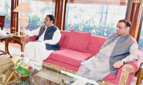 Both Aleem, Buzdar 'chair' meetings on 100-day agenda