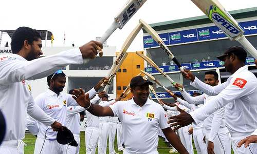 Herath gets 100th Galle scalp as England struggle