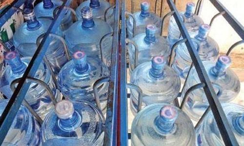 کمپنیوں سے زیر زمین پانی نکالنے پر ایک روپے فی لیٹر وصول کرنے کا حکم